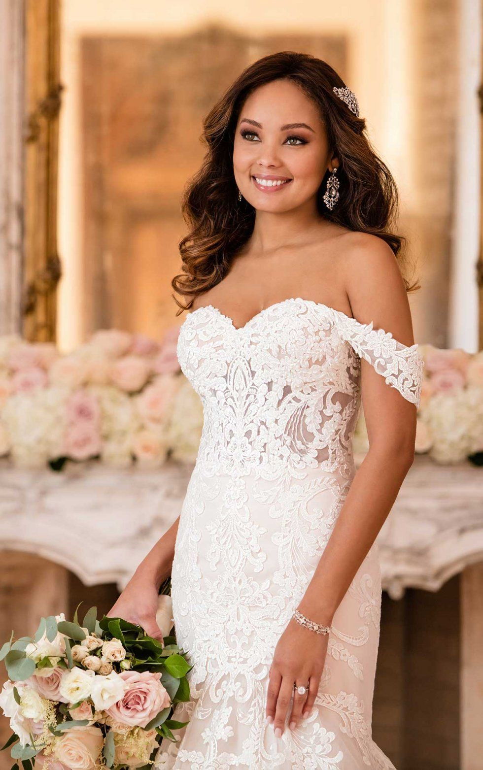 Lavish Fit And Flare Wedding Dress Stella York Wedding Gowns Fit And Flare Wedding Dress Stella York Wedding Dress York Wedding Dress [ 1563 x 980 Pixel ]