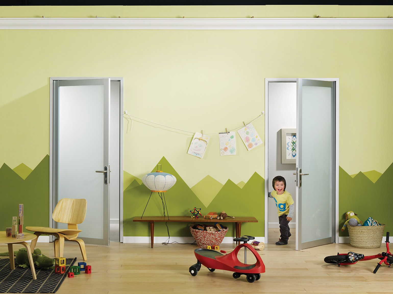 Glass swing doors hinged kids room the sliding door for Swing for kids room