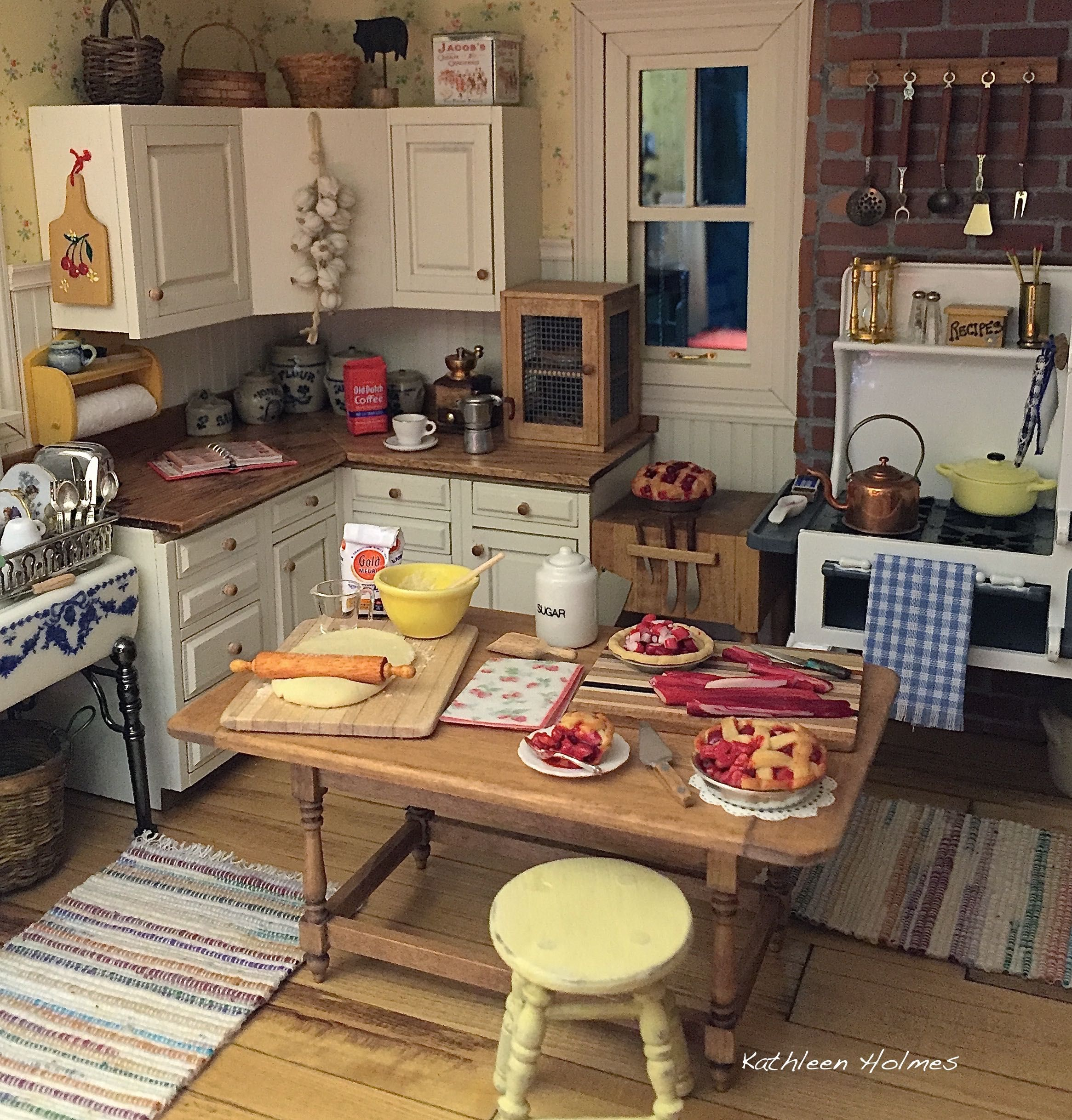 making rhubarb pie in kathleen holmes dollhouse kitchen - Dollhouse Kitchen