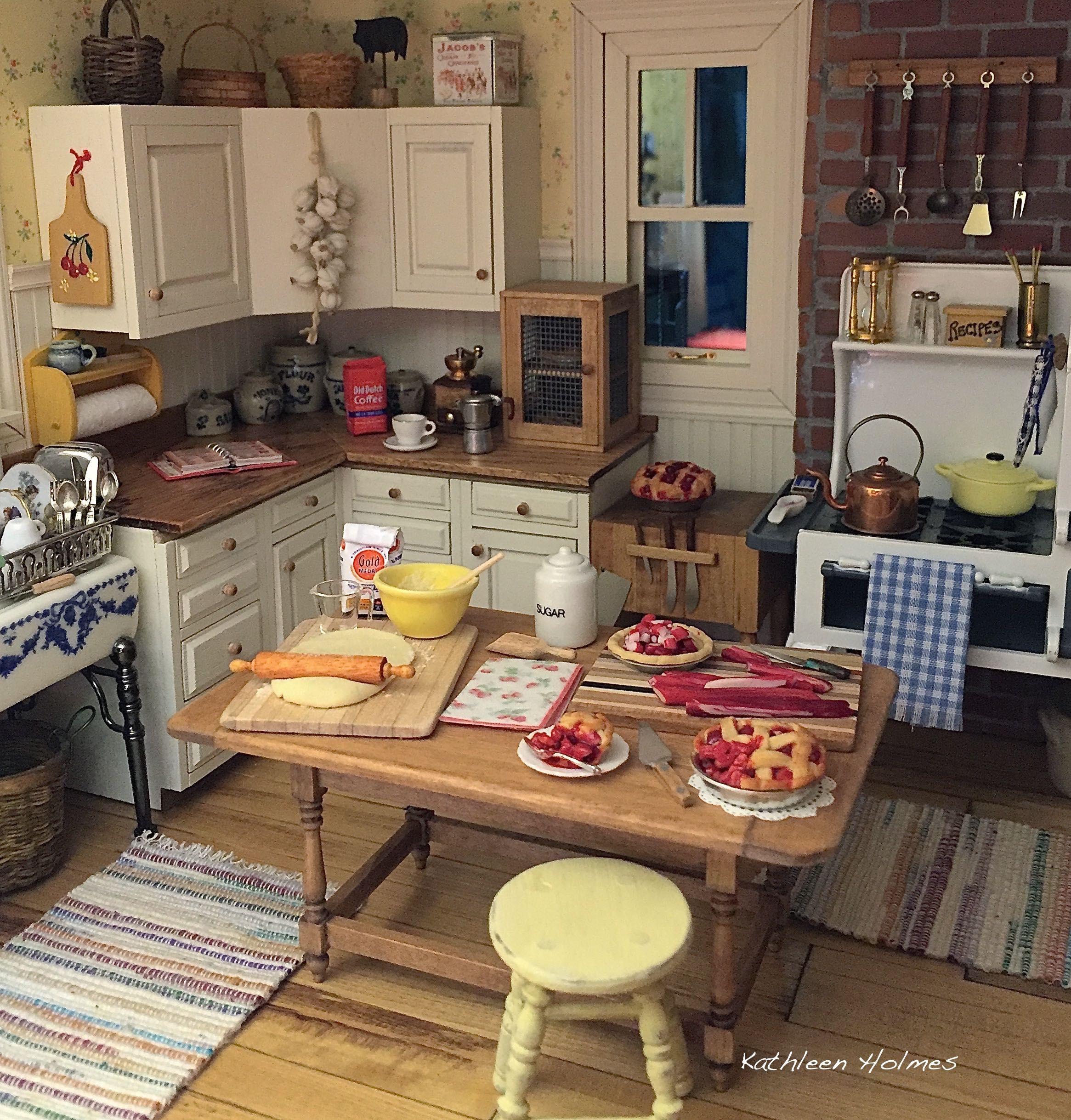 225 Best The Miniature Kitchen Images On Pinterest: Making Rhubarb Pie In Kathleen Holmes Dollhouse Kitchen