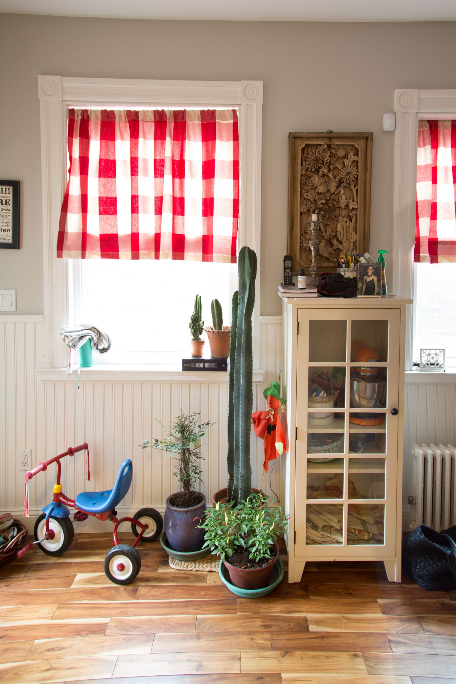 cozy furniture brooklyn. Tour A Fashion Designer\u0027s \ Cozy Furniture Brooklyn M