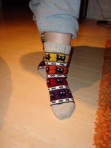 Imp socks - UPDATED: ADDED THE PATTERN! - KNITTING