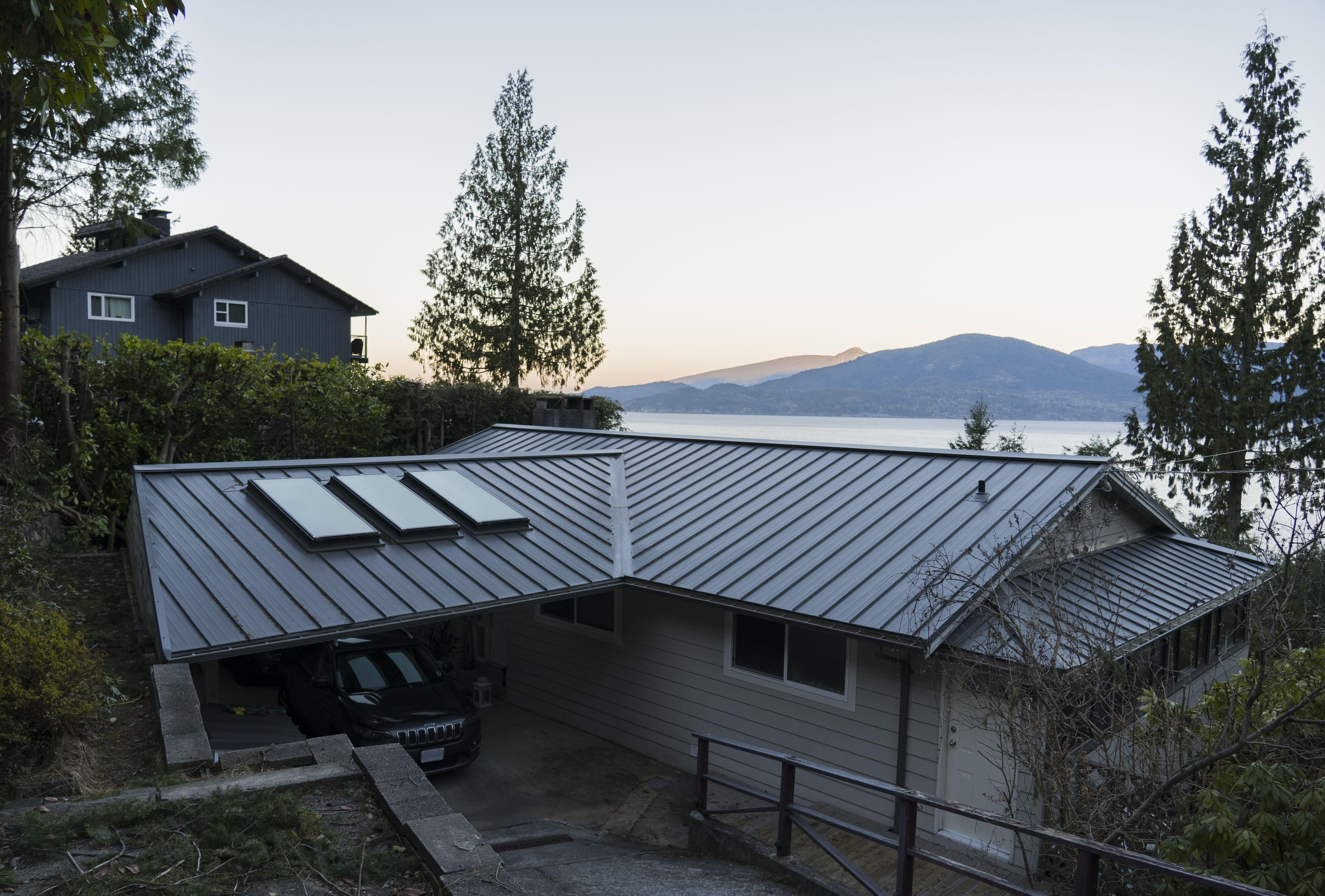Standing Seam Interlock Metal Roofing Metal Roof Standing Seam Metal Roof Houses