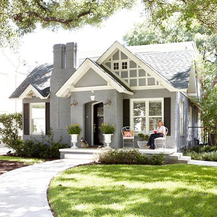 Diy Idea For Old Suitcase Painted Brick House House Exterior