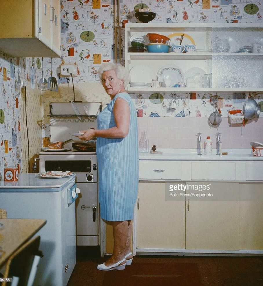 Louise Harrison Mother Of George Harrison In The Kitchen Of The Harrison Family House At 174 Macket S Lane In George Harrison The Beatles John Lennon Beatles