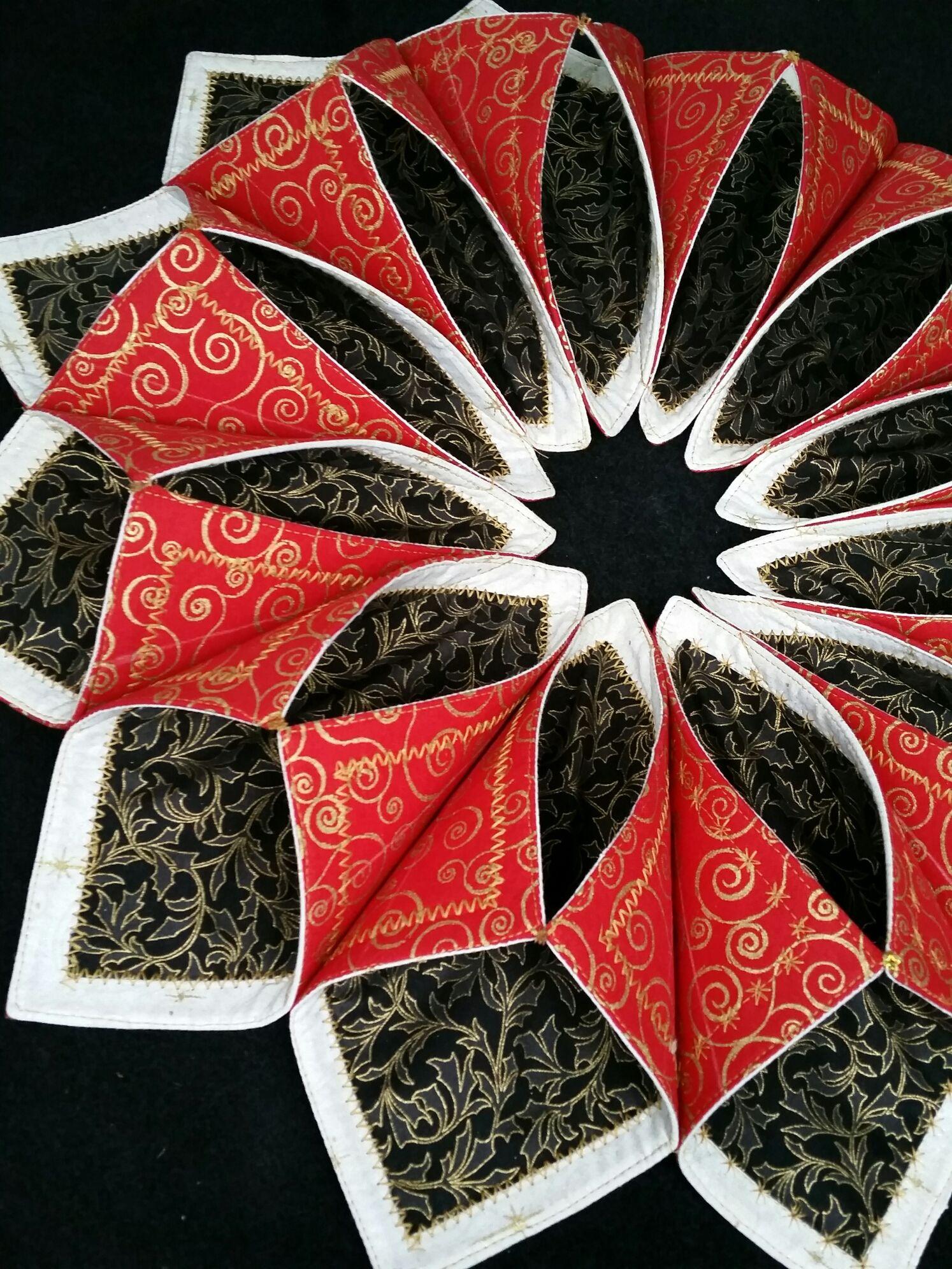 Folded fabric christmas ornaments patterns - Fold N Stitch Wreath Tutorial Google Search