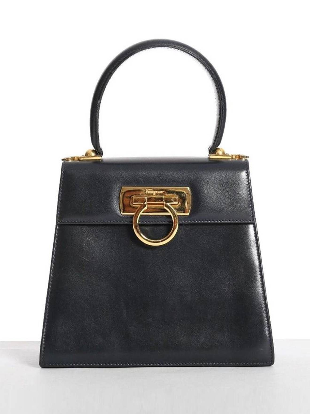 727b15fed4126b Ferragamo vintage SALVATORE FERRAGAMO Gancini Vara black leather gold  buckle structure bag Size One Size