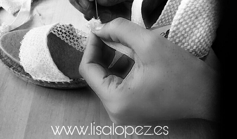 Alpargatas para novia cosidas a mano de Lisa López