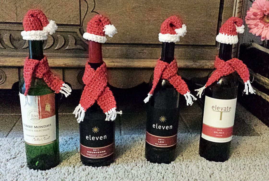 I Crocheted These Adorable Santa Hats And Scarves I Used Yarnspirations Bernat Handicrafter Holiday Spar Christmas Crafts Sparkle Yarn Christmas Wine Bottles