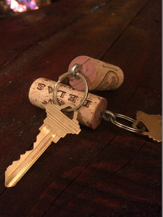 River rafters, rejoice! Keep your keys afloat with this handmade wine cork key chain. Give this as a practical gift to the outdoorsman in your life.