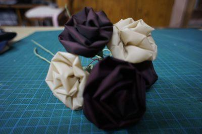 Resultado de como hacer flores contela