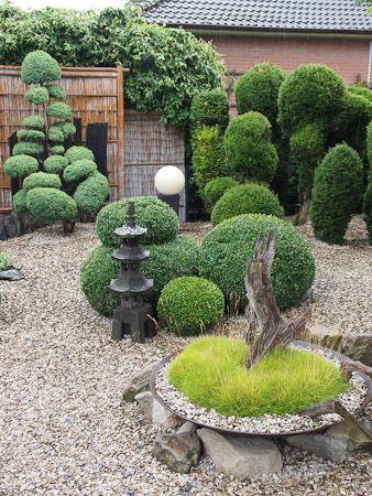 Garten im asiatischen Stil von Sabine und Thomas Helmkamp - vorgarten gestalten asiatisch