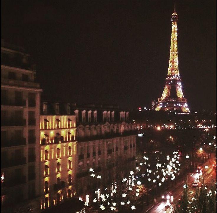 Paris At Night Paris At Night Eiffel Tower At Night Beautiful Paris