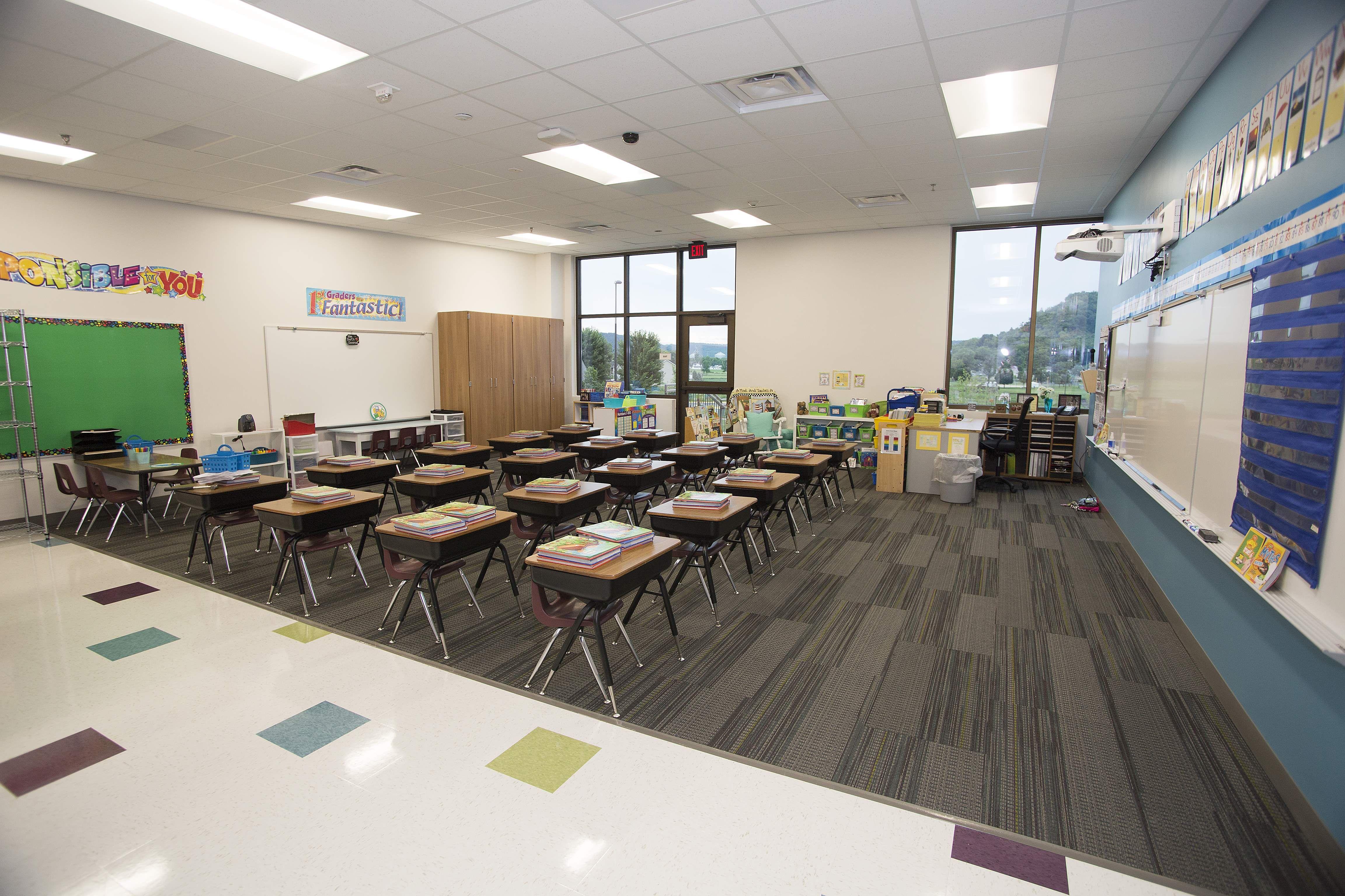 Elementary School Classroom...organized, education, learning ...