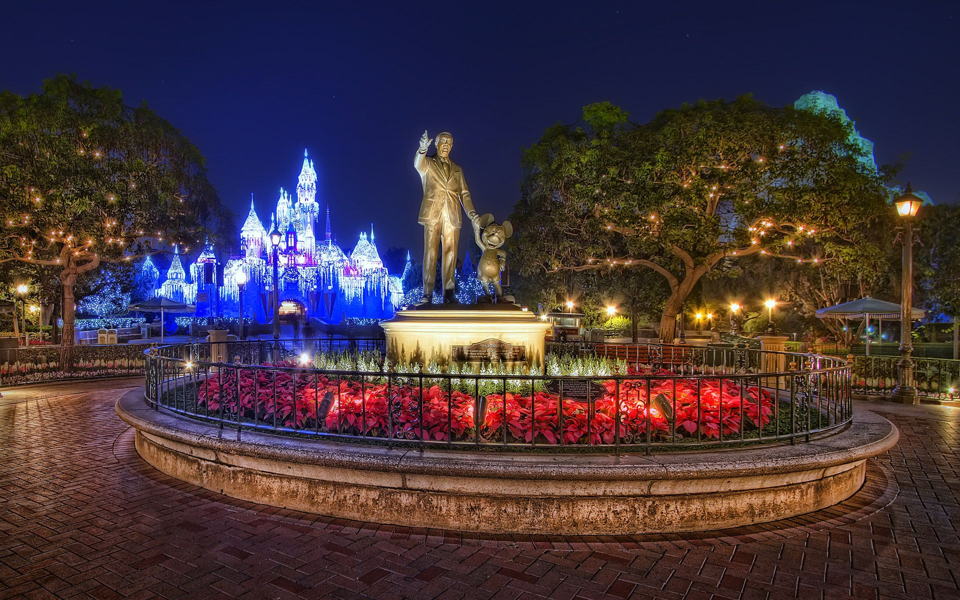 Christmas Night Disneyland HD Wallpaper Disney world