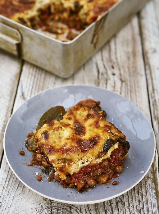 Vegetarian Moussaka Recipe Jamie Oliver Aubergine Recipes Recipe Veggie Moussaka Jamie Oliver Recipes Recipes