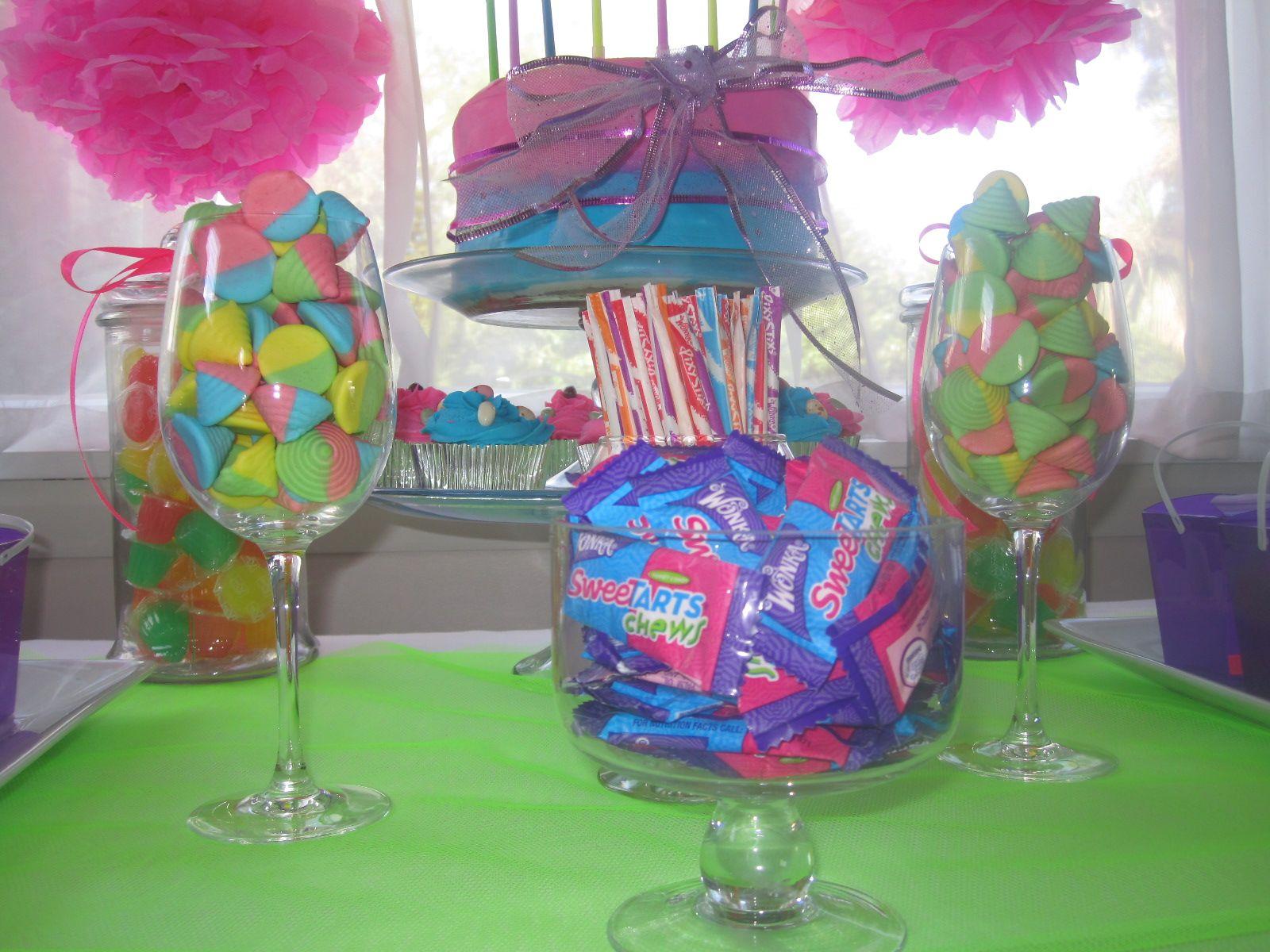 Candy buffet ideas for sweet sixteen - Neon Candy Buffet