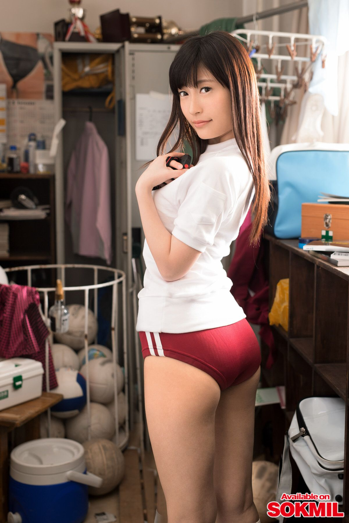 Asian girls in bloomers