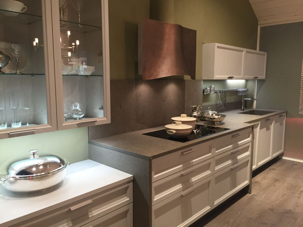 Five Types Of Glass Kitchen Cabinets And Their Secrets Glass