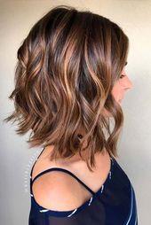 Photo of Verschiedene Stile für schulterlanges Haar #hochsteckfrisuren #frisuren #locken …