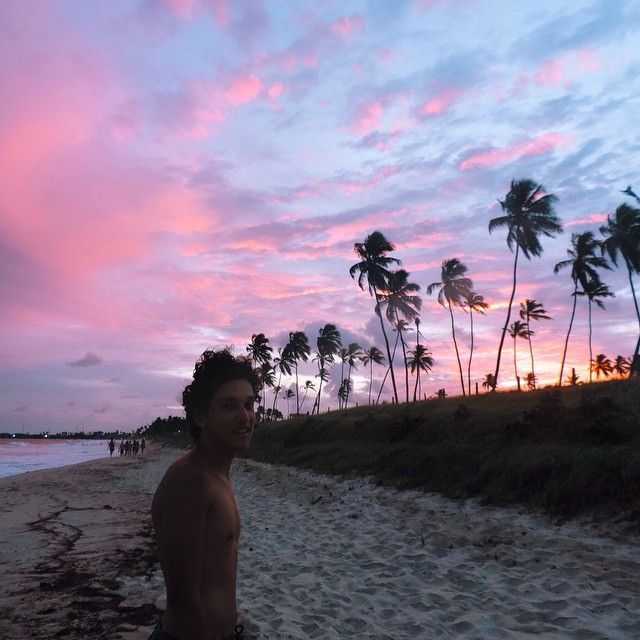 sunsets are beautiful. You need to go to Hawaii and see the sunset there it is amazing!
