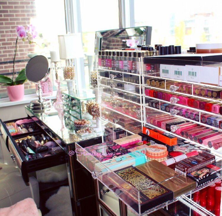 Wow Talk About Beauty Organization Makeup Rooms Makeup Collection Goals Makeup Organization