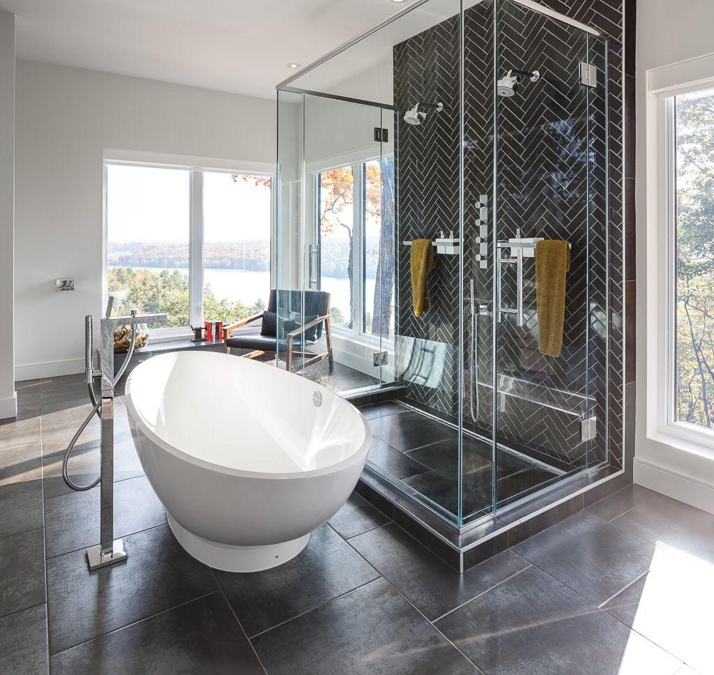 Modern bath design by Astro Design Centre in Ottawa. Bathroom ...