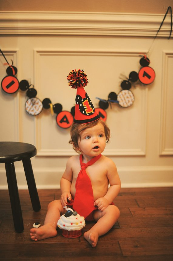 Mickey Birthday Hat Diaper Cover And Tie Set