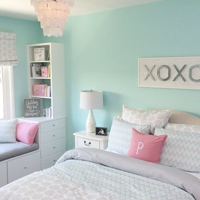 Teenage Girl Bedroom Colors The Colour Of The Walls Is Sherwin Williams Tame Teal! Love For A Teen Girl Room. #girlsbedroom