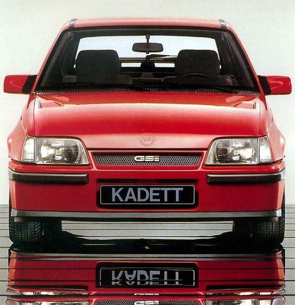 1985 Opel Kadett 1 8 Gsi Kadett E Voiture Voitures Anciennes Caisse Vintage