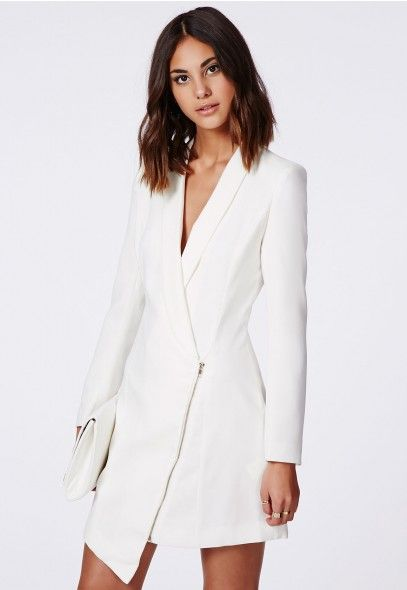 f9d513c8d3a Asymmetric Zipped Blazer Dress in White - Missguided