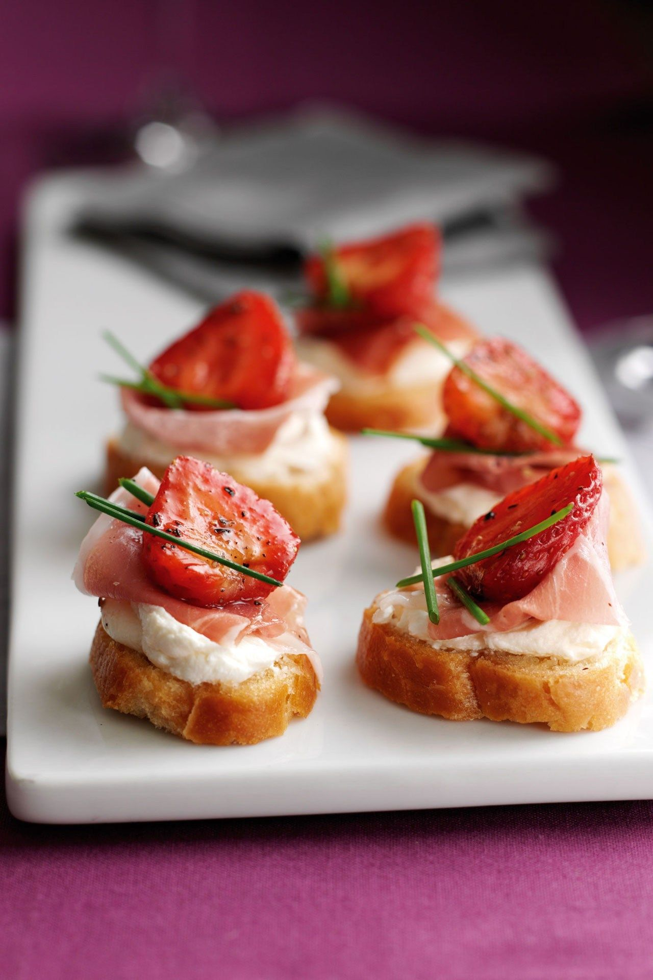 Balsamic Strawberry Parma Ham Crostinis Recipe Parma Ham Recipes Food