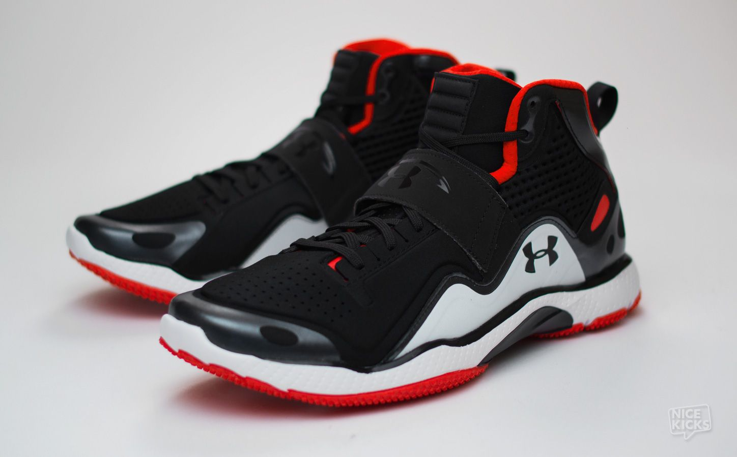 under armour trainers. the under armour micro g gridiron trainer is seen in detailed images. learn more about this training shoe at nice kicks. trainers
