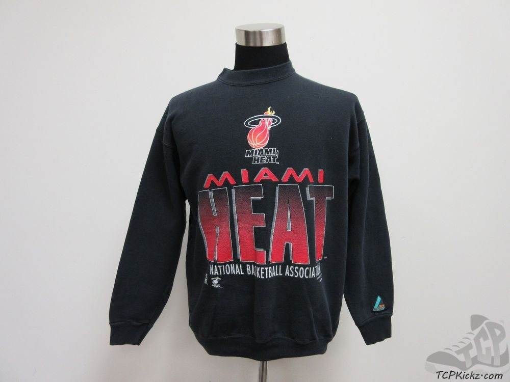 Hanes Chicago Bulls Crewneck Sweatshirt sz L Large NBA Jordan Pippen Rose  Kukoc  d631f05e5