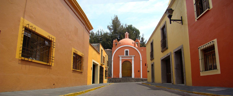 Manual Photomarge/ Recorrido histórico de iglesias en el municipio de Tlaxcala. Photo By Me