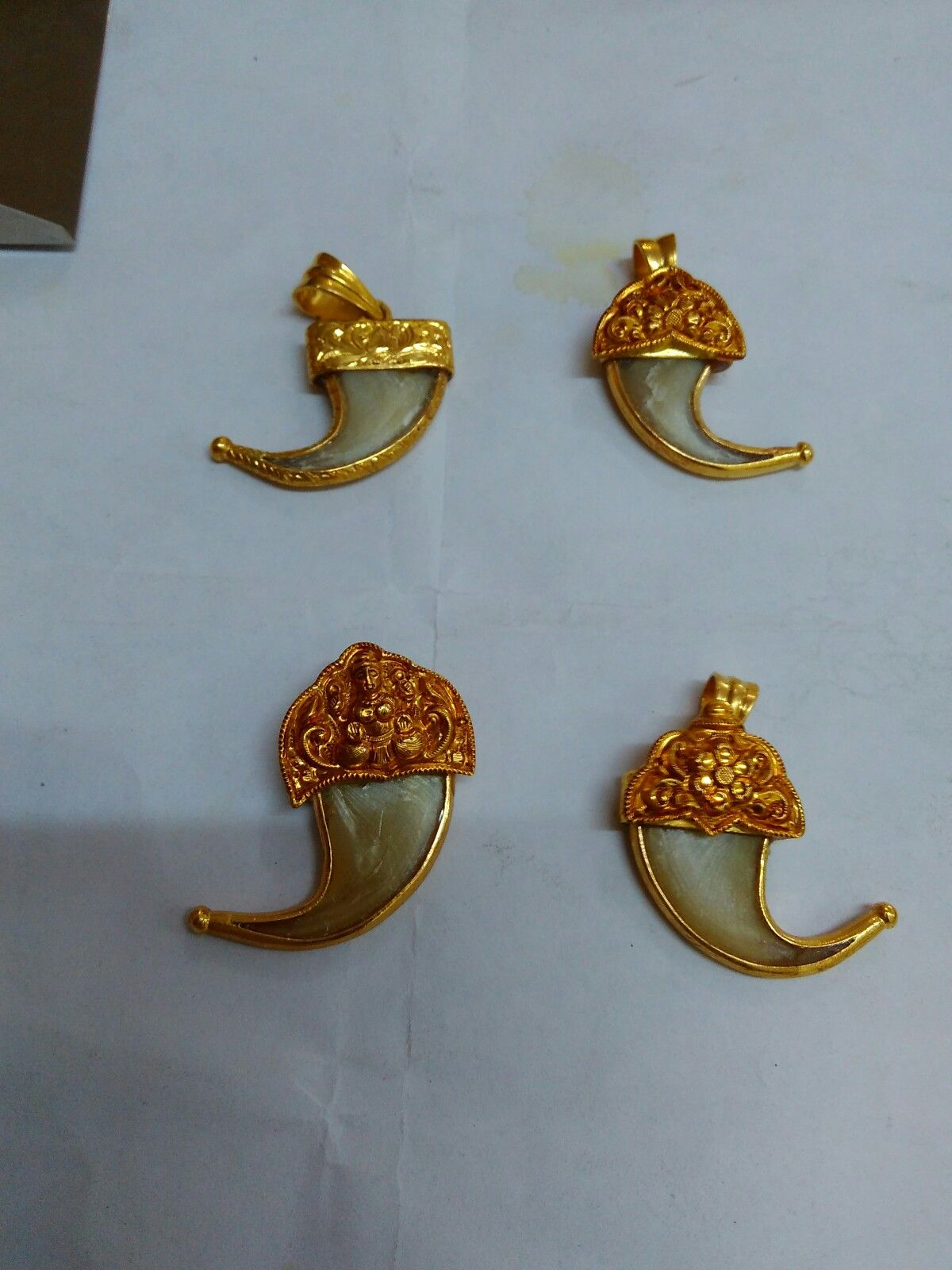Tiger Nails Jewellery In 2019 Nail Jewelry Mens Gold