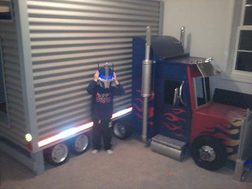 Optimus Prime Transformer bed - (Dave Schaeffer) | Flickr - Photo Sharing!