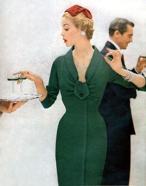 theyroaredvintage: Jean Patchett, 1950s.