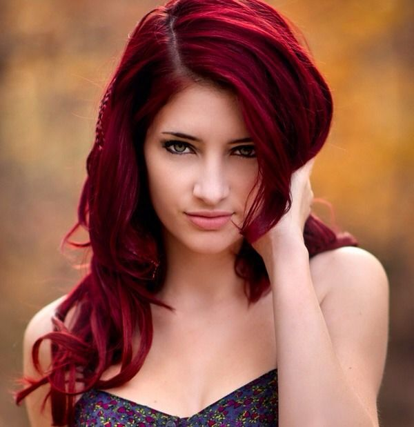 How To Get Radiant Red Hair Without Pre Lightening For Dark Brown Hair Dark Red Hair Color Red Hair Color Hair Styles