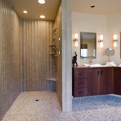 Galeria De Duchas A Ras De Suelo Sin Puertas Ni Cortinas Consejos Y Ejemplos De Diseno 16 Showers Without Doors Small Bathroom Interior Walk In Shower