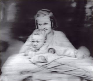 Gerhard Richter, Tante Marianne - his aunt was mentally handicapped, and ended up in a mental hospital tortured and experimented on.