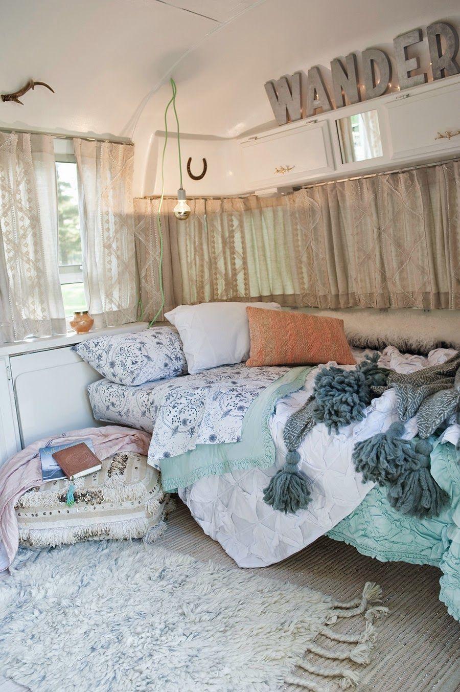 une caravane rétro rénovée | vintage caravan | pinterest | caravane