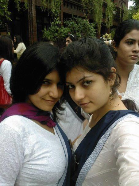 Desi School Girls Personal Unseen Photos  I  Pakistani -9731