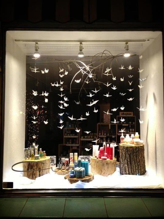 Pin By Iping Zhu On Display Salon Window Display Display Shop