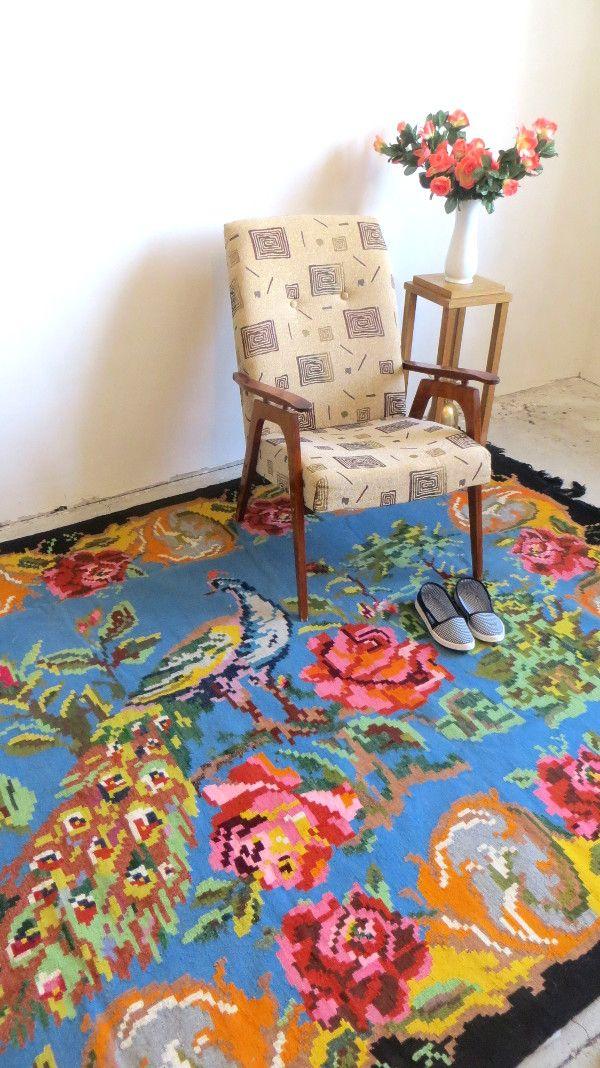 peacock rug rose kilim rug vintage moldavian rug. Black Bedroom Furniture Sets. Home Design Ideas