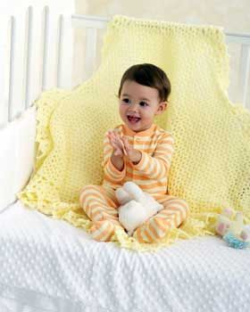 Bernat: Pattern Detail - Baby Coordinates - Lace Border Blanket (crochet)
