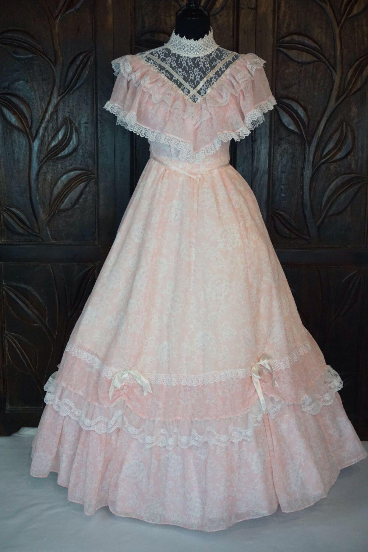 93db64cafa6 Vintage Pink   White Southern Belle Dress Gunne Sax Jessica McClintock VTG  Size 3 by JBroadwayBoutique