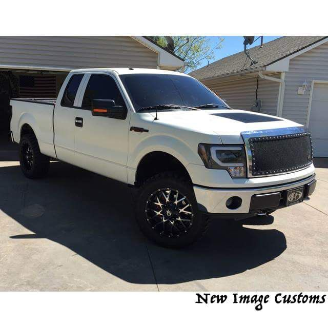 This F150 wrapped in 3M 1080 Satin Pearl White looks amazing
