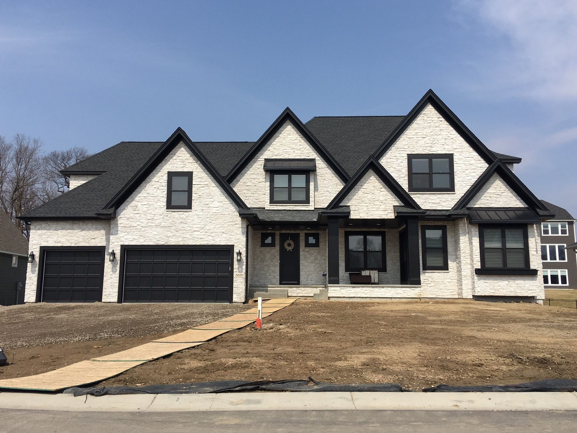 42++ White farmhouse with black trim best