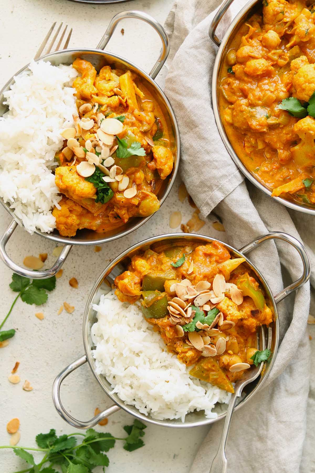 Cauliflower and Chickpea Curry - The Last Food Blog